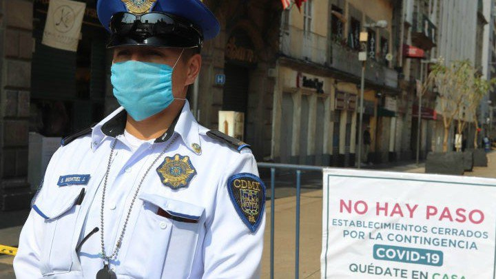 Huawei México dona 10 mil caretas a policía de la CDMX